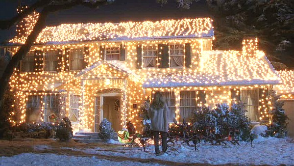 image of a house lit up for the holidays
